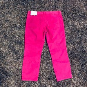 💕🆕LOFT Crop Jeans